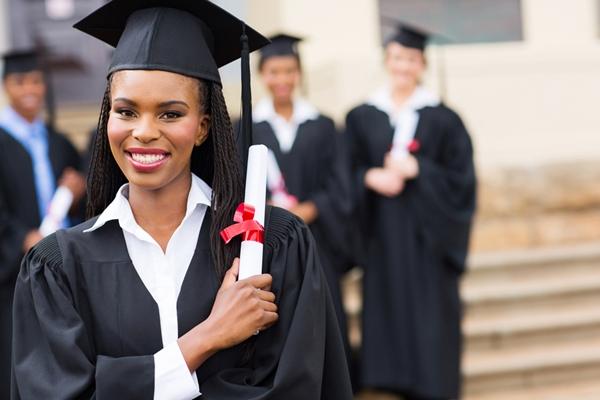 Graduation Announcements Etiquette Guidelines For Seniors